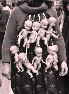 Chaos: Fine stagione: utero in saldo