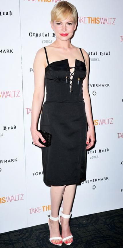 JUNE 22, 2012 Michelle Williams WHAT SHE WORE For a New York screening of Take This Waltz, Williams laced herself into Altuzarra's knee-length cocktail dress and added white sandals.