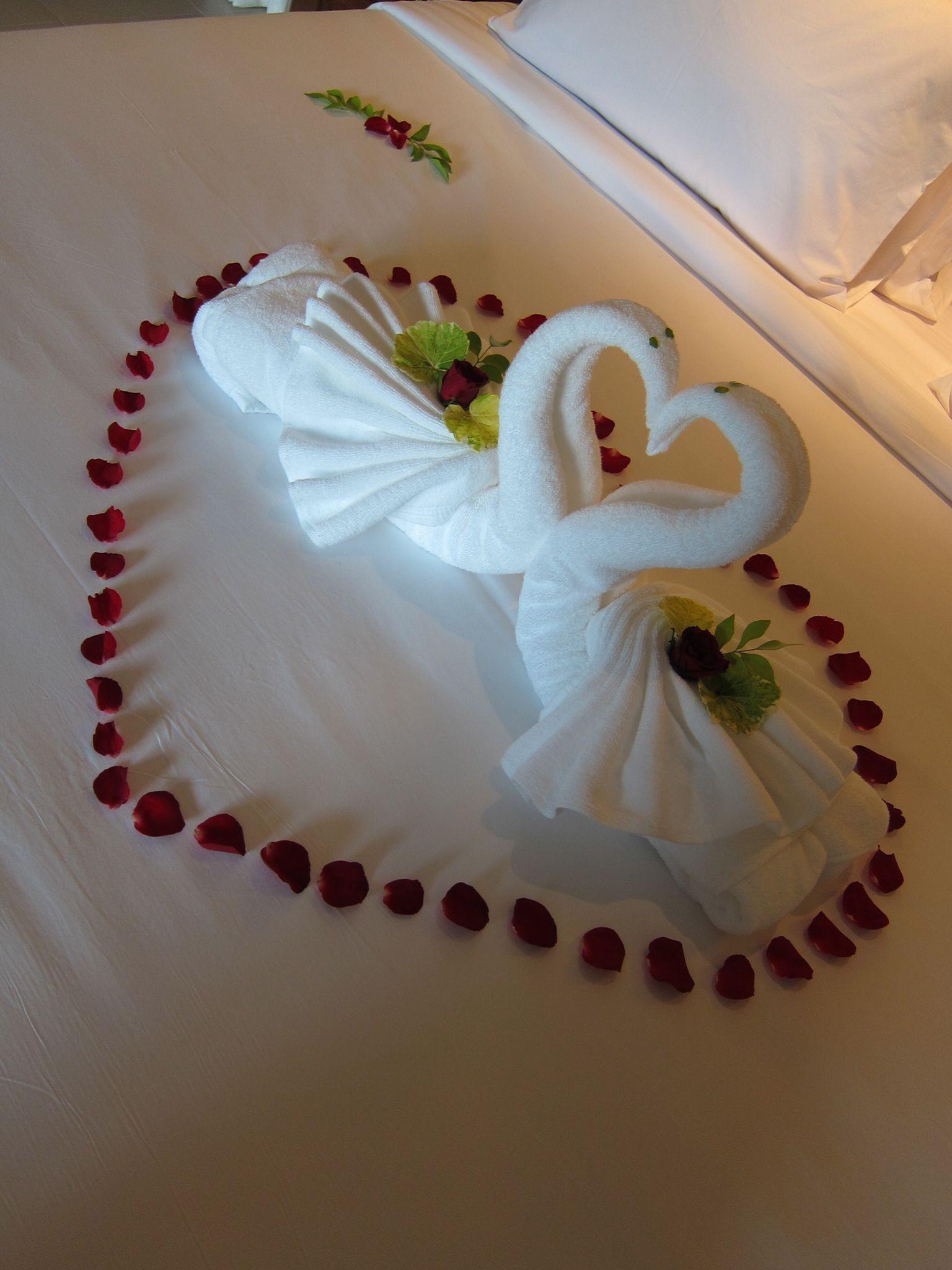 Pin De Issraa Ramlawie En Folded Towels Pinterest