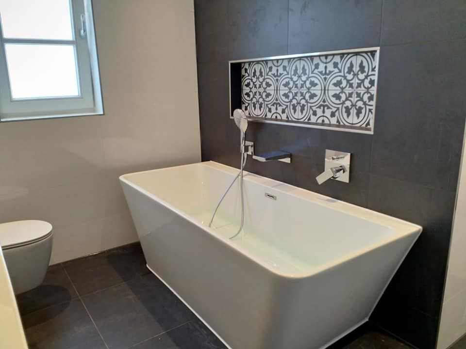 Luxe bad #bathroom #luxe badkamers pinterest showroom