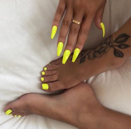neon yellow pedicure toenails 23 ideas pedicure  unghii