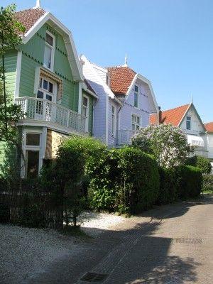 Afbraakhuizen in Naarden | Stichting Historische Interieurs ...