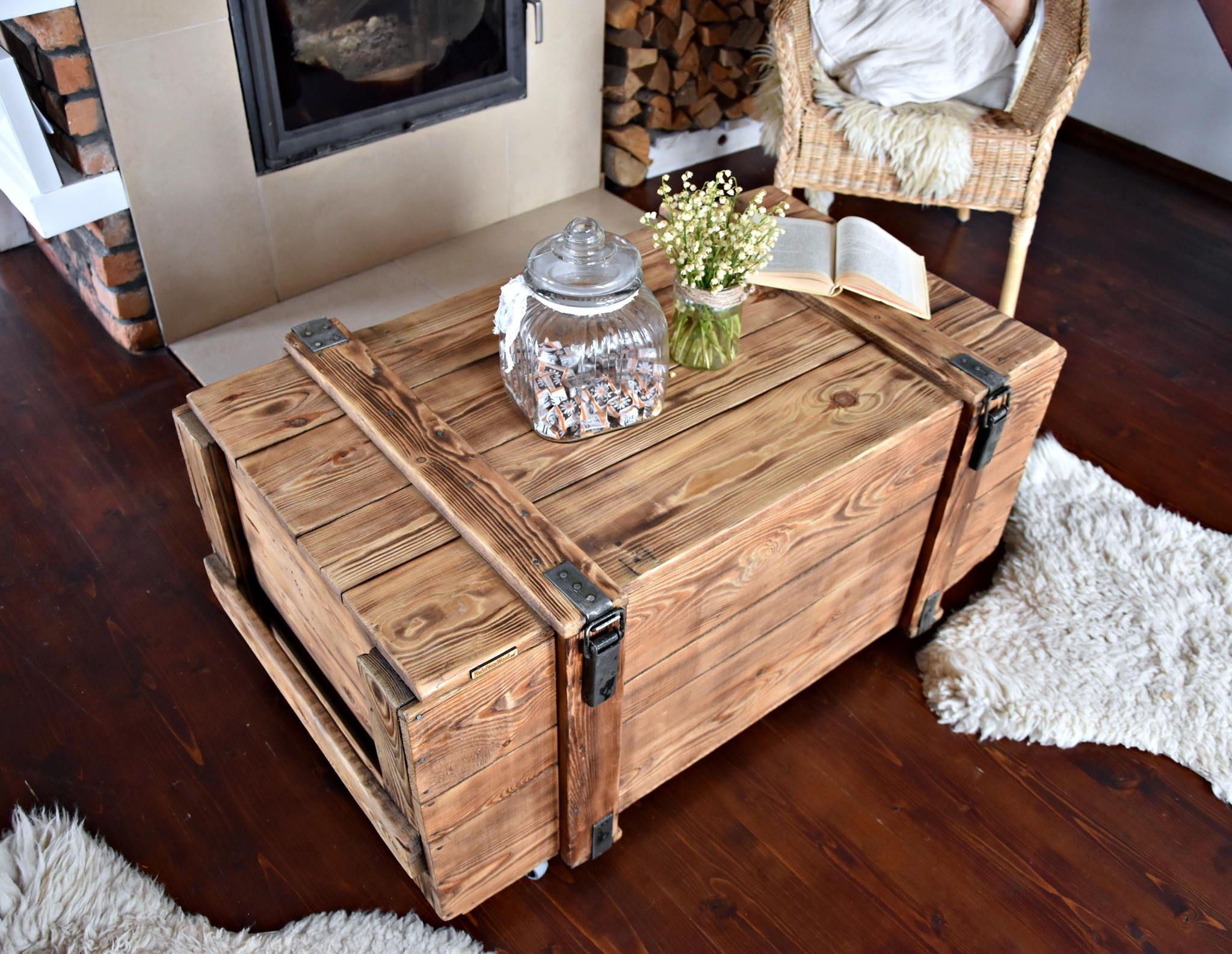 Vintage Antique Old Big Army Military Chest Trunk Box Coffee Table Shabby Chic Brown Cottage Chic Loft Indust Shabby Chic Coffee Table Wooden Chest Trunk Boxes