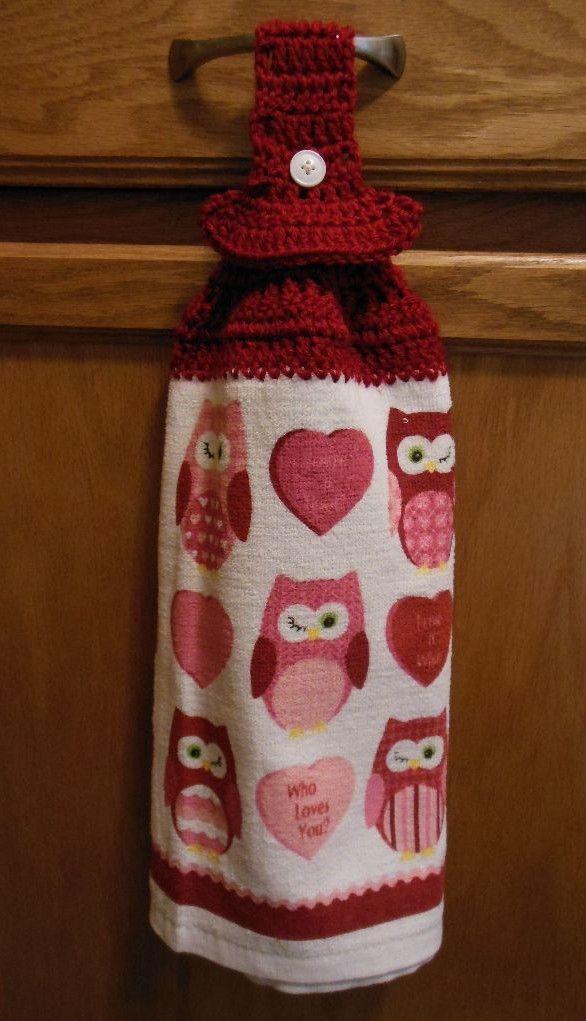 Toalla con tela y combinada con crochet   manualidades   Pinterest ...