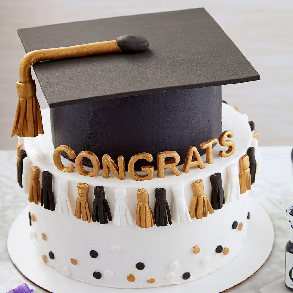 Graduation Tassel Cake | Wilton (With images) | Graduation ...