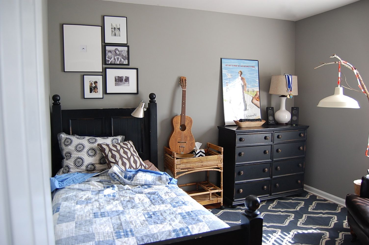 Teenage boys bedroom ideas - Cool And Inspiring Teen Boys Room Ideas Charming Grey Teen Boys Room Ideas With Recycled Door Headboard And Wooden Bedside Table Also Black Paint Dresser
