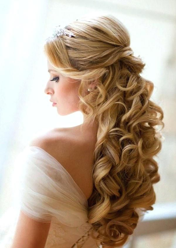 Hairstyle For Wedding Unique Wedding Hairstyles Long Curly Hair Down Bridesmaid Wedding Hairstyles For Long Hair Hair Styles Bride Hairstyles