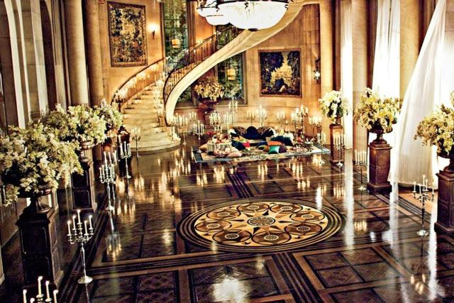 Stunning Art Deco Set Design Of The Great Gatsby Gatsby House