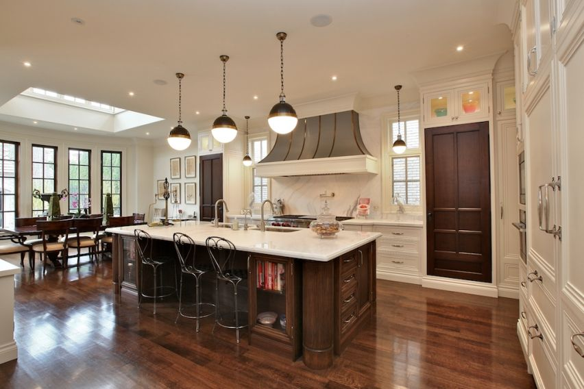 Luxurious Kitchen Kitchen It Has An Open Space It Is A