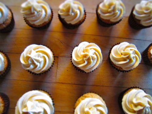 Raspberry cupcakes with white chocolate buttercream
