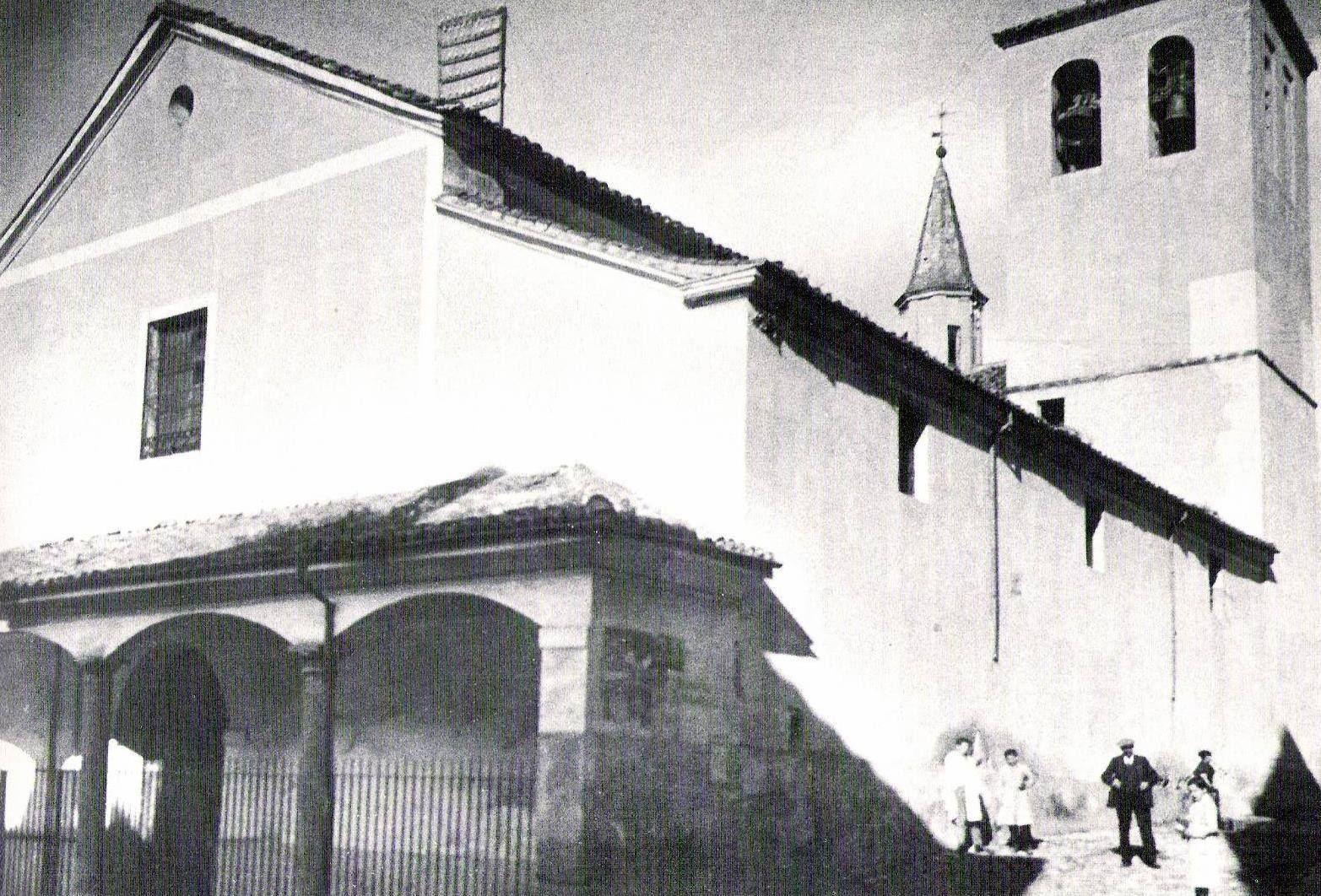 Iglesia de San Gil, situada antiguamente en la actual plaza del concejo. Si queréis contactar con Guiados, para gestionar visitas a Guadalajara o Alcalá de Henares, lo podéis hacer a través de la web www.guiadosenguadalajara.es o ✆ 679 97 65 03.