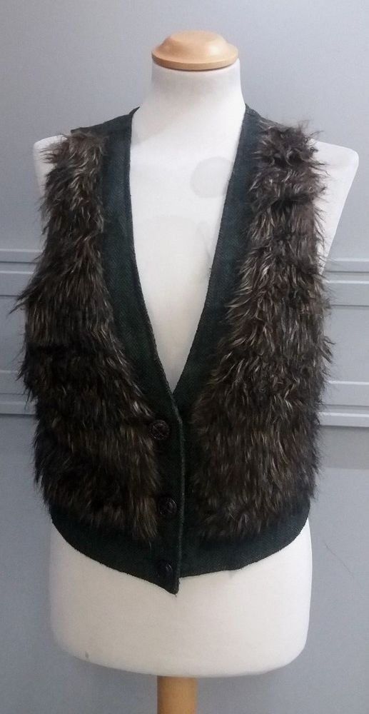 10788b7418 Ladies Green Tweed Style Waistcoat with faux fur trim by I Love H81 ...