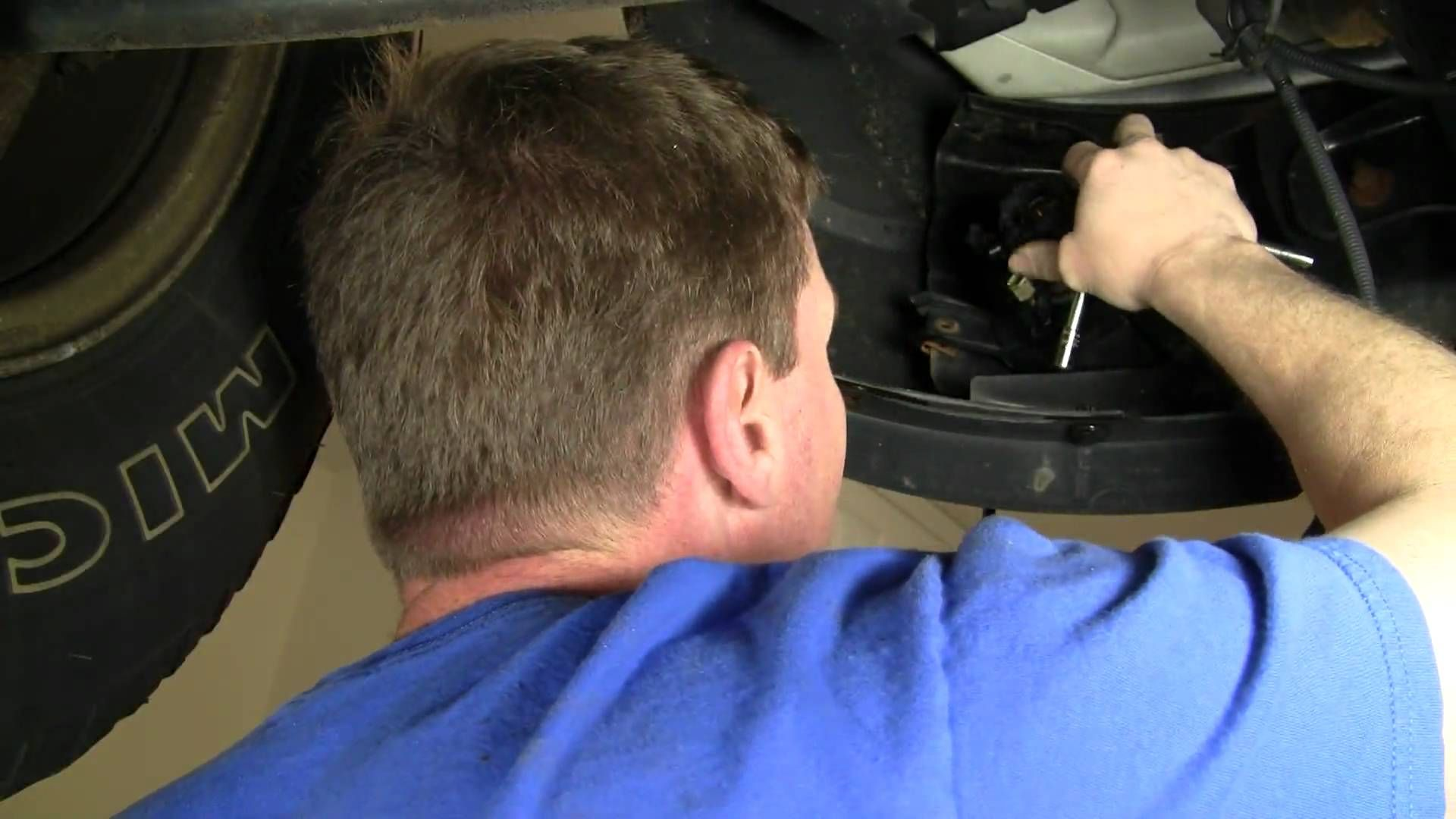 hight resolution of how to install replace fog light ford explorer and sport trac 01 05 1aau