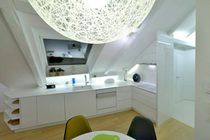 dachwohnung einrichten wohnungseinrichtung einrichtungsideen, Wohnzimmer dekoo