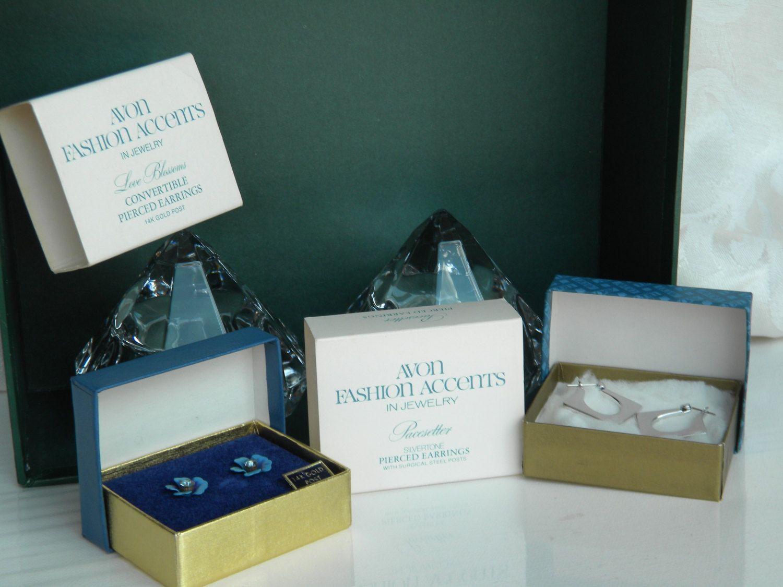 2 Pairs Vintage Avon Earrings in Original Boxes 14k Gold Post Love