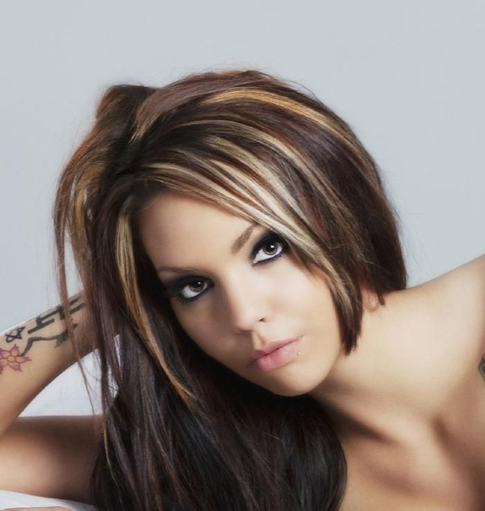 Pictures Of Dark Hair With Highlights Dark Hair Chunky Highlights