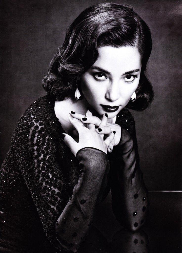 "Li Bingbing ""Silent Emotion"" Vogue China January 2011"