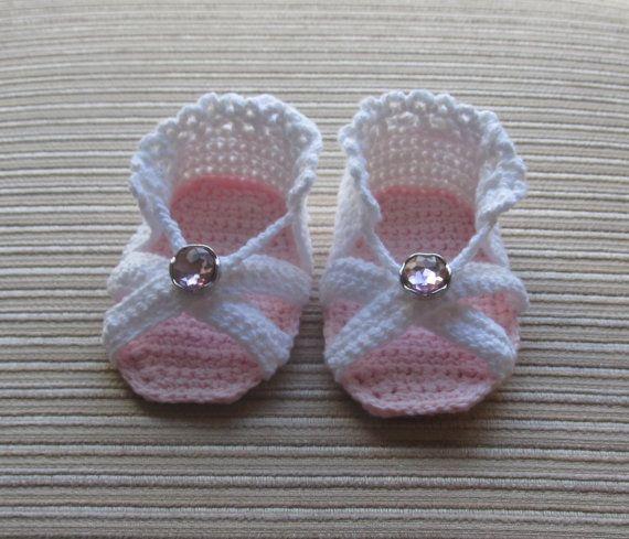 Patrón 88 bebé niña sandalias de ganchillo 3-6 por handknitsbyElena