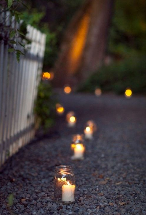 Light Up Pathways As People Come In Tia Tia Tia Tia Partybeleuchtung Kerzenlicht Garten Deko