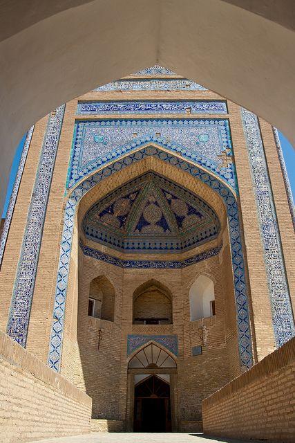 Entrance of Allakuli-Khan Madrassa by _perSona_ on Flickr.