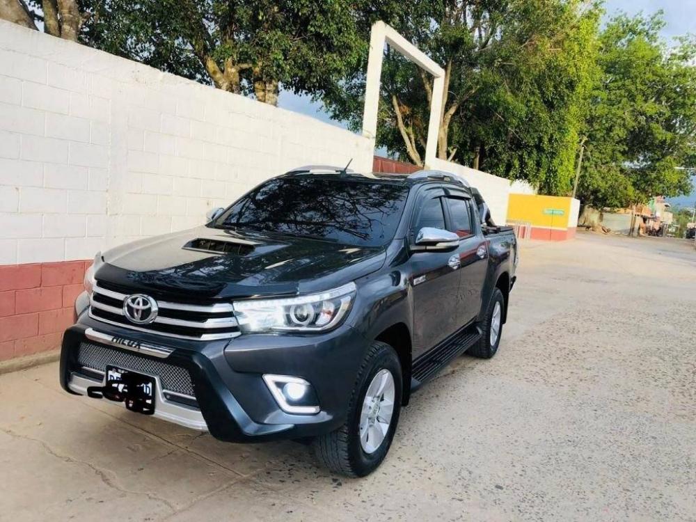 Carro Toyota Hilux 2017 Toyota Hilux Toyota Hilux 2017 Hilux 2017