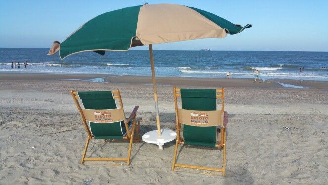 Beach Chair Rental At Desoto Beach Resort On Tybee Island Mayvacay Atlanticocean Tybeetime Www Jodijensensch Beach Chair Umbrella Beach Chairs Tybee Island