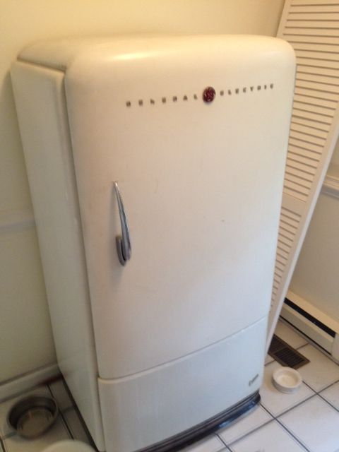 vintage items | Vintage 1950s GE Refrigerator For Sale | Antiques