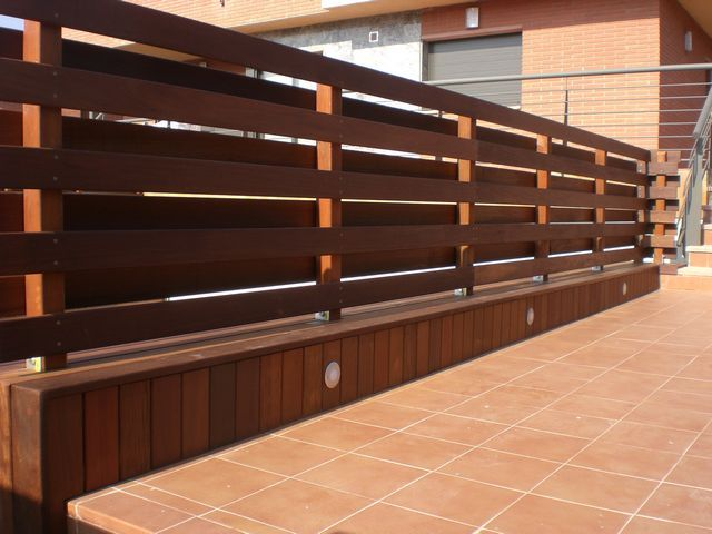 Valla de madera vallado vallas de madera vallas - Setos para vallas ...
