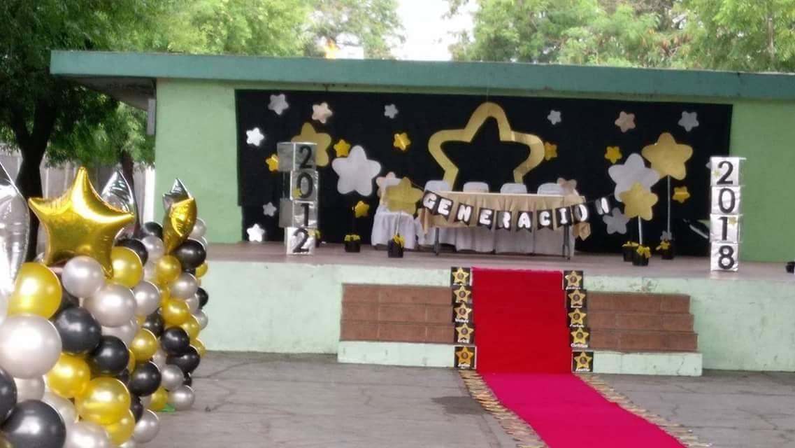 Decoración De Presidium Para Graduación Fiestas De