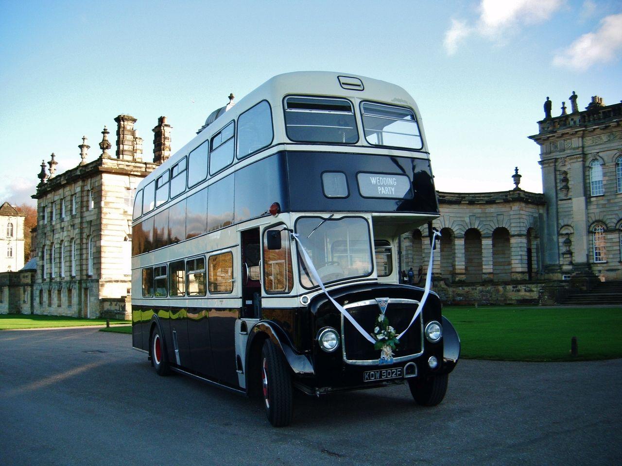 Double decker bridal car double decker bus bus