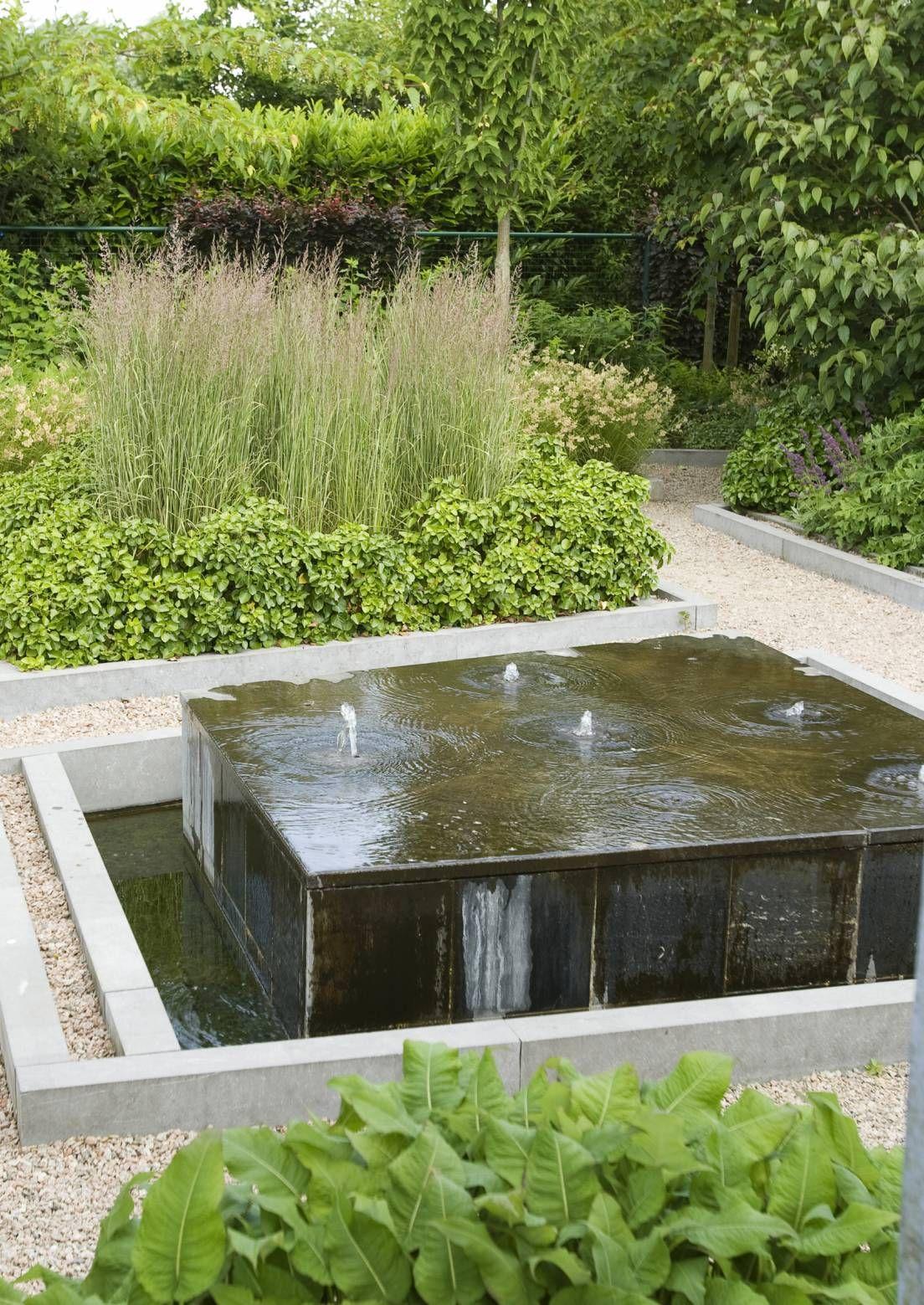 Suihkulähdemalleja on monia erilaisia. Katso Viherpihan inspiroivista kuvista, mikä sopii sinun puutarhaasi.