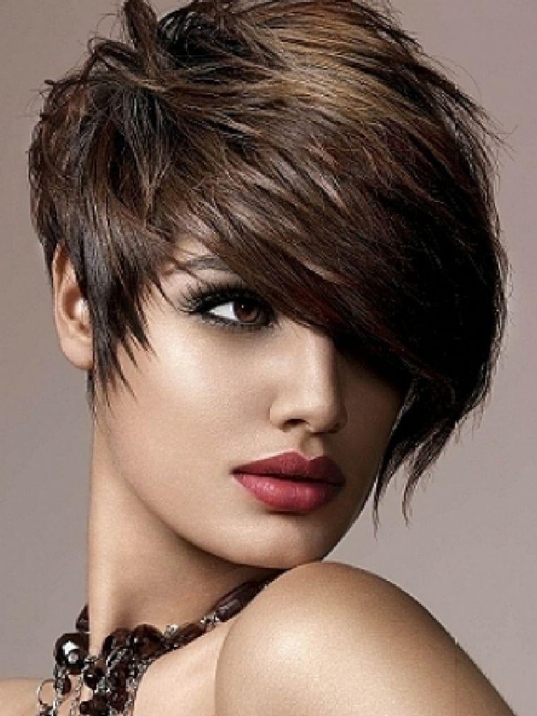 peinados fáciles pelo corto mujer peinados cortos Pinterest