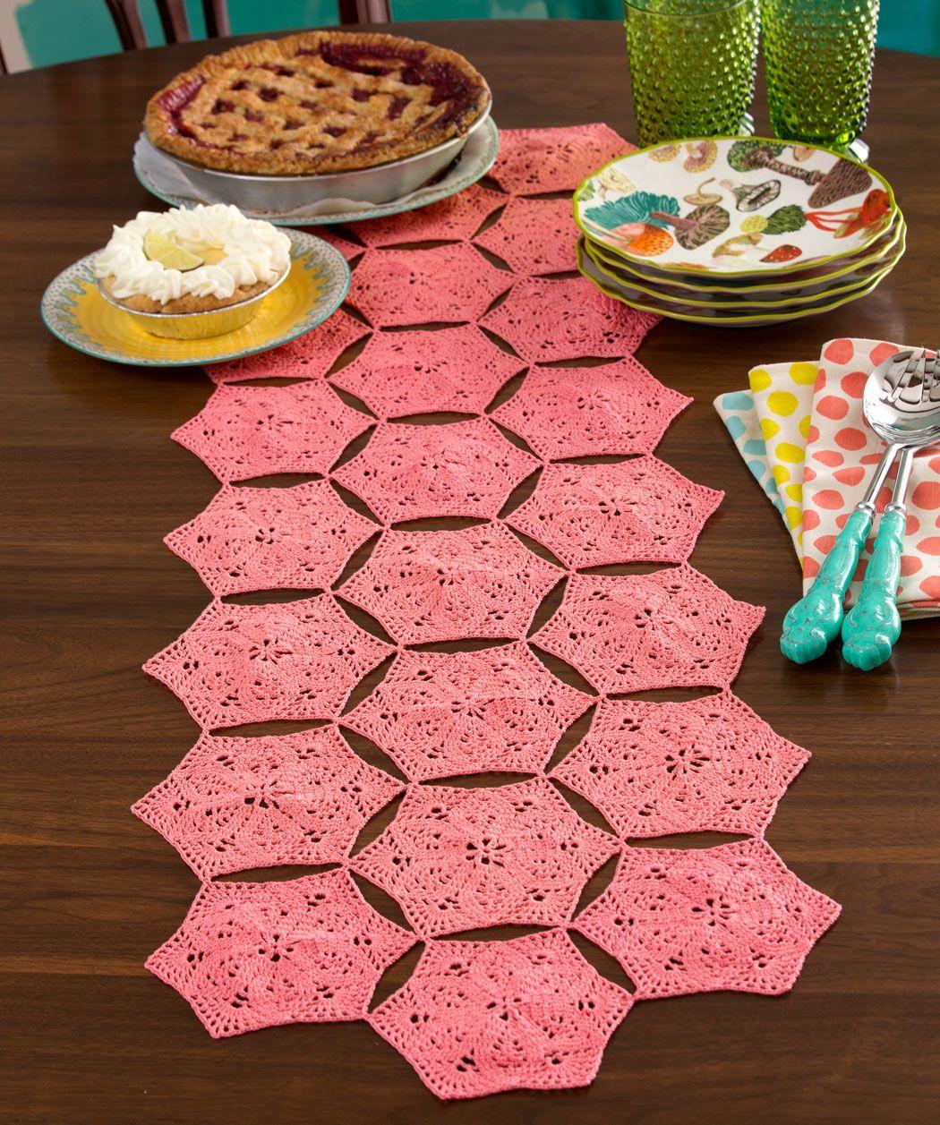 Flower and Fan Table Runner - FREE Crochet -Hexagon Motifs - http ...