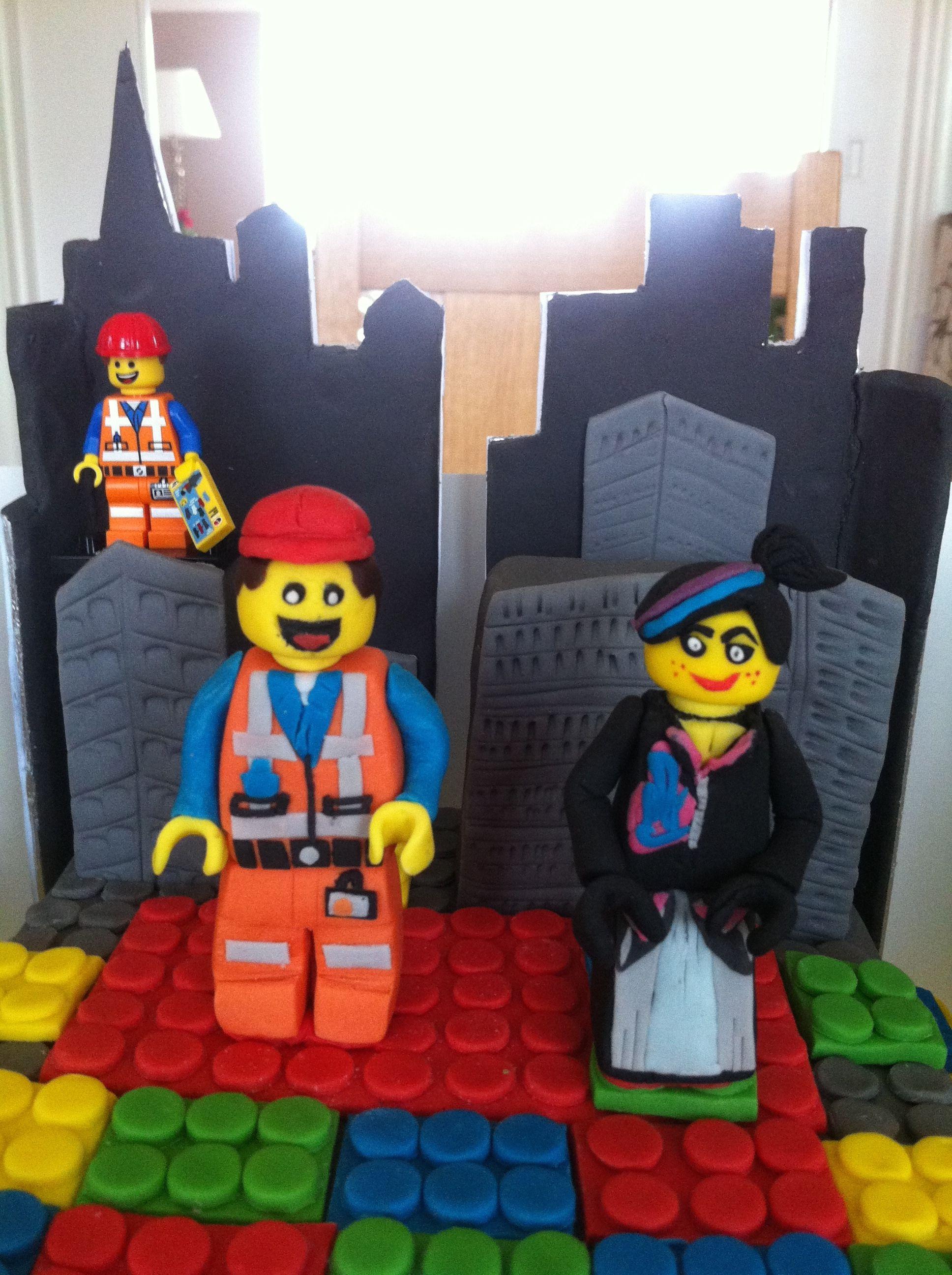 Fondant Emmet and Wyldstyle LEGO The Movie CAKE - Aug 2014