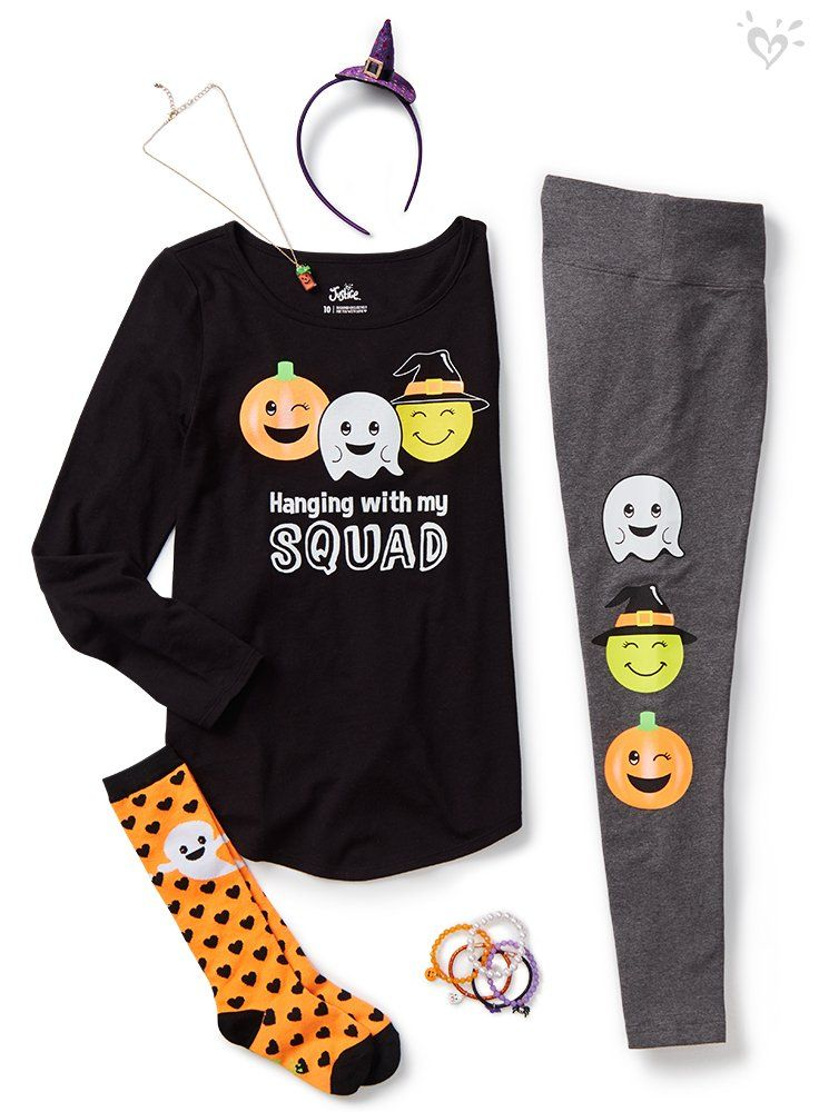 We SCARE about head-to-toe Halloween style!
