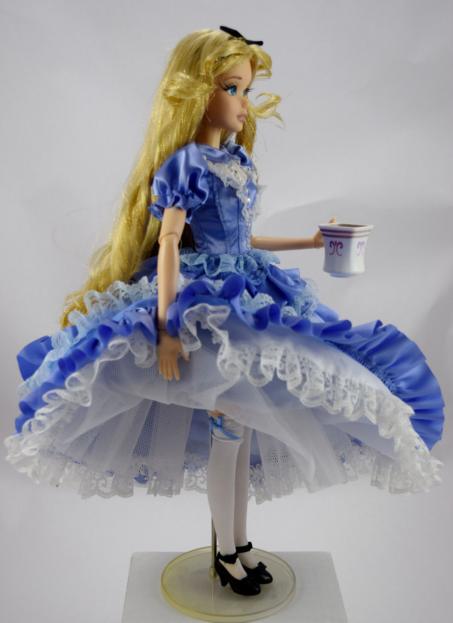 Dresses skirts clothes women disney store - Limited Edition Alice In Wonderland 17 Doll Disney Store Ebay Purchase