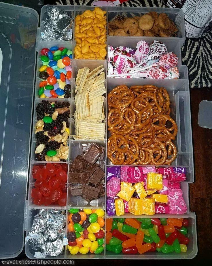 Elegant So hack! Snack field, airplane, snacks, snacks, journey, child, snacks. #tr...  #airplane #child #field #journey #snack #snacks Airplane Snacks, Airplane Kids, Snacks List, Travel Snacks, Car Trip Snacks, Airplane Travel, Healthy Snacks, Road Trip Food, Road Trip Hacks