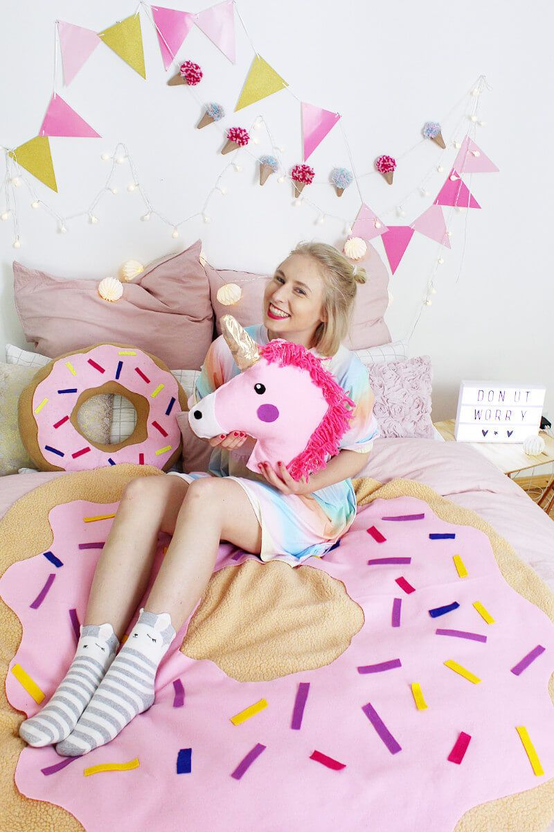 diy donut decke ohne n hen tumblr zimmer deko selber machen felt pinterest diy unicorn. Black Bedroom Furniture Sets. Home Design Ideas