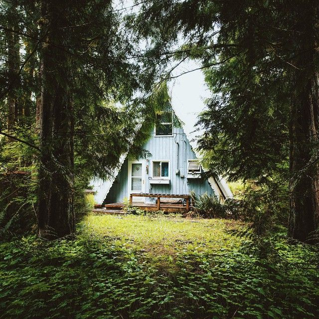 Alex Strohl Building Green Homes Cabins In The Woods Cabin