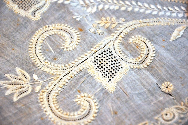 Design Resource - Chikankari Embroidery Of Lucknow II - Stitches - 4 | THREADART | Pinterest ...