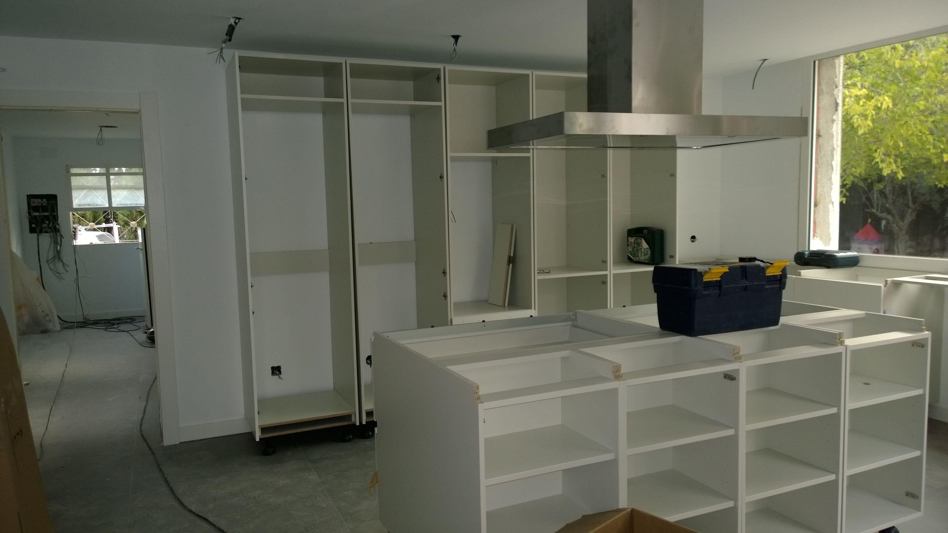 Después de la reforma, llega el montaje de los muebles de ...