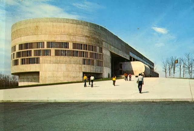 Perkins Will Ccri Knight Campus Rhode Island 1972