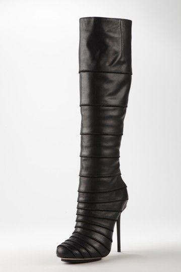 L A M B  | QT 2 SHOES | Shoes, Boots, Beautiful shoes