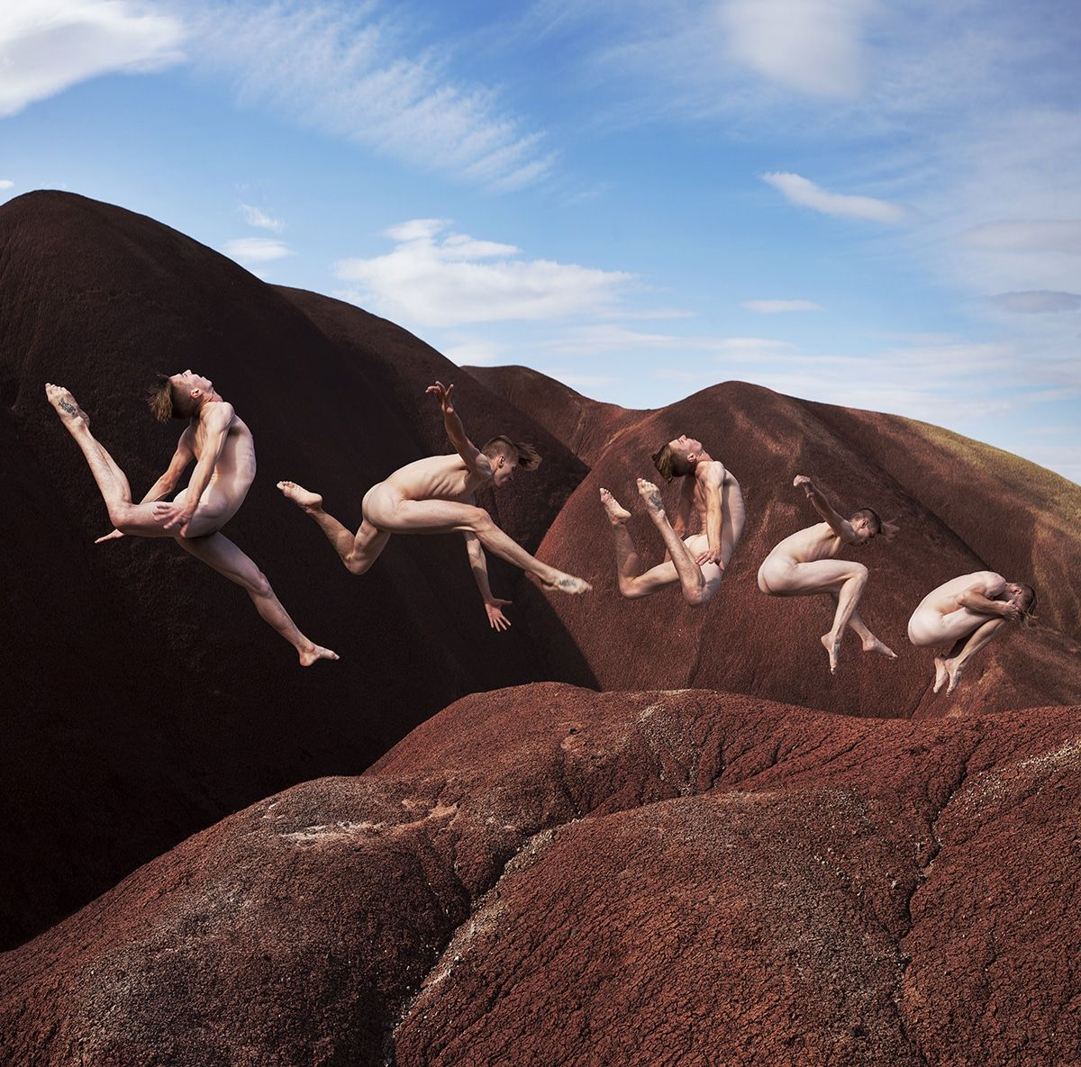 Gravity Defying Photos Of Dancers In Dynamic Positions Celebrate The Power Of The Human Body Human Body Body Photography Human Body Photography