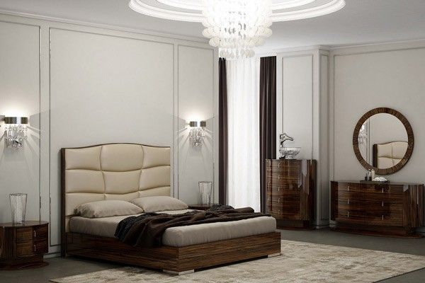 J&M Furniture - Venice 3 Piece Platform Eastern King Bedroom Set ...