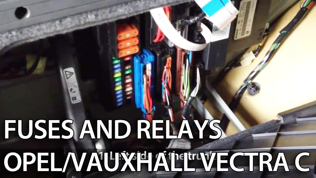 medium resolution of fuse box vauxhall astra w reg