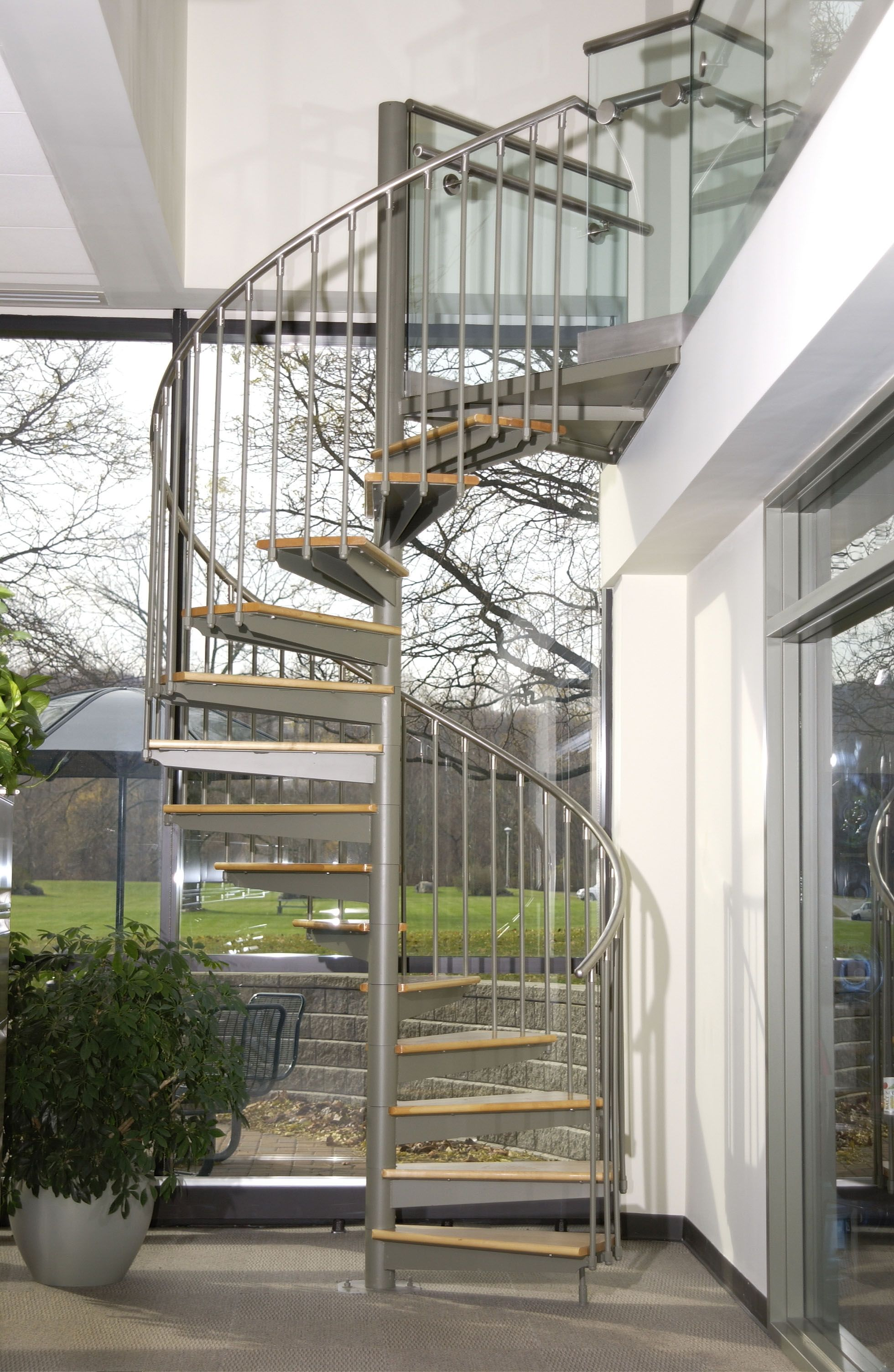 Best Indoor Outdoor Room With A Spiral Stair Stairs 640 x 480