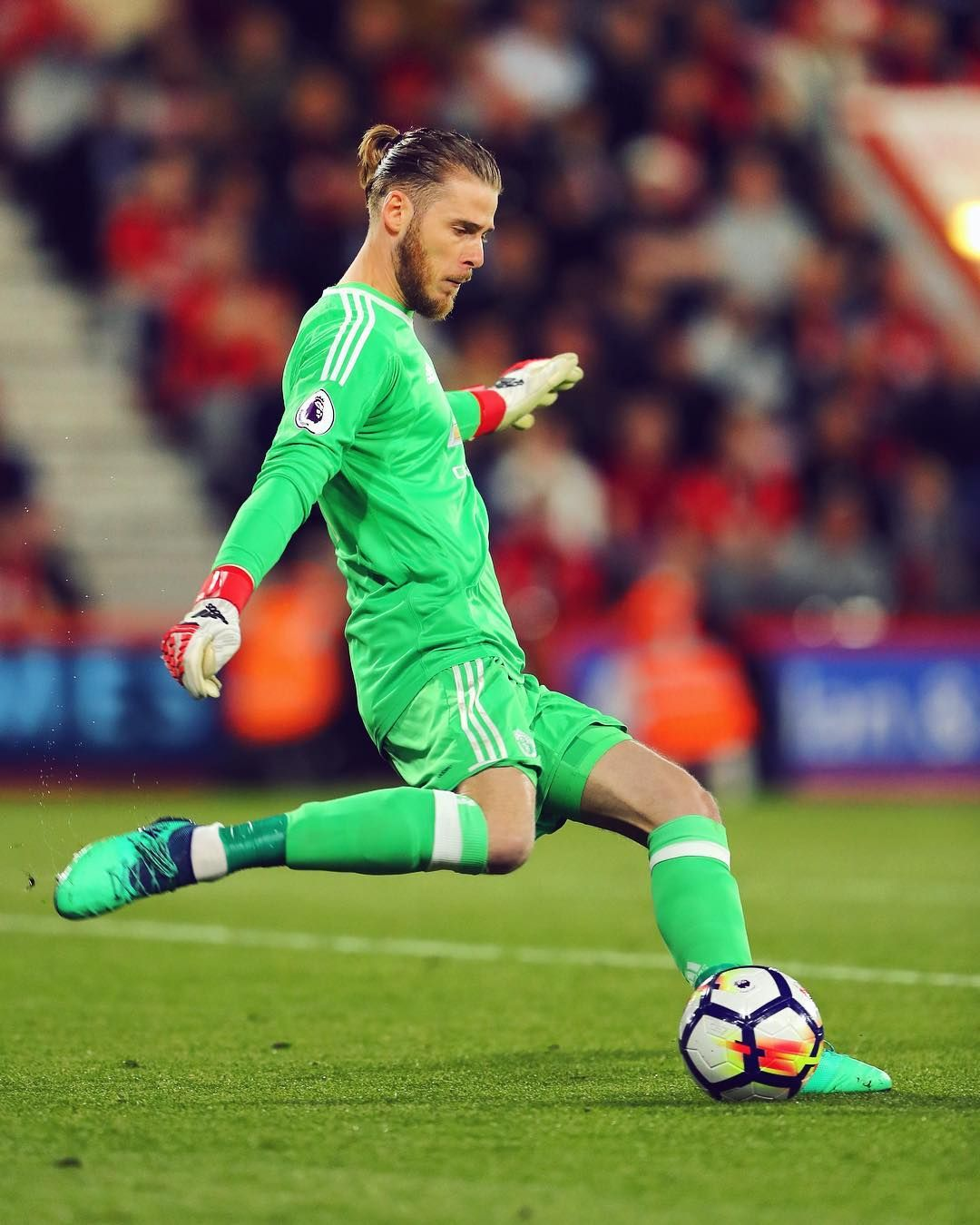 Pfa Team Of The Year Captain S Armband Pl Clean Sheet No 17 A Memorable Day For This Man Degea Manchester United David De Gea Manchester