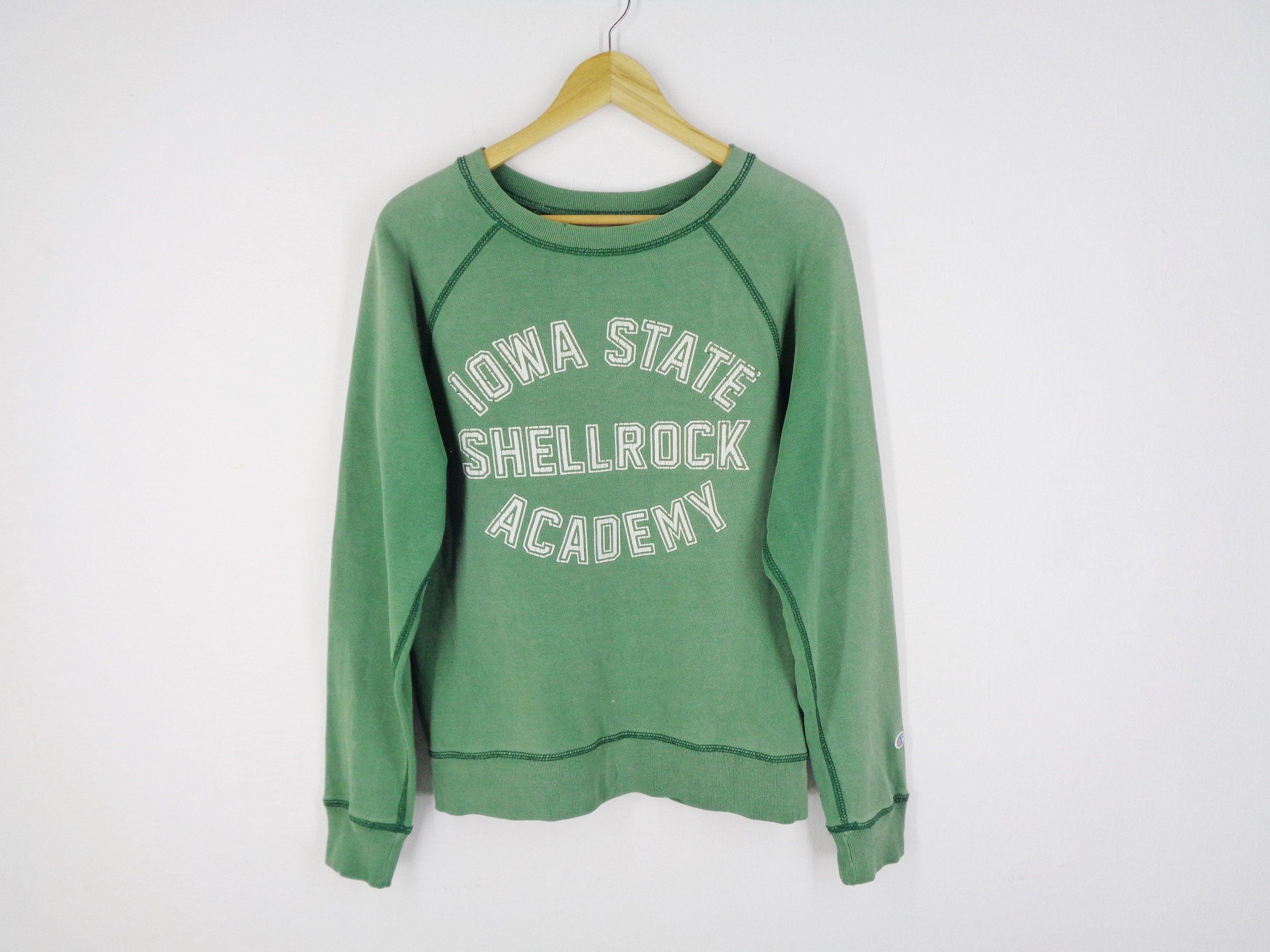 Champion Sweatshirt Distressed Vintage Champion Iowa State Etsy Champion Sweatshirt Sweatshirts Vintage Champion [ 1944 x 2592 Pixel ]