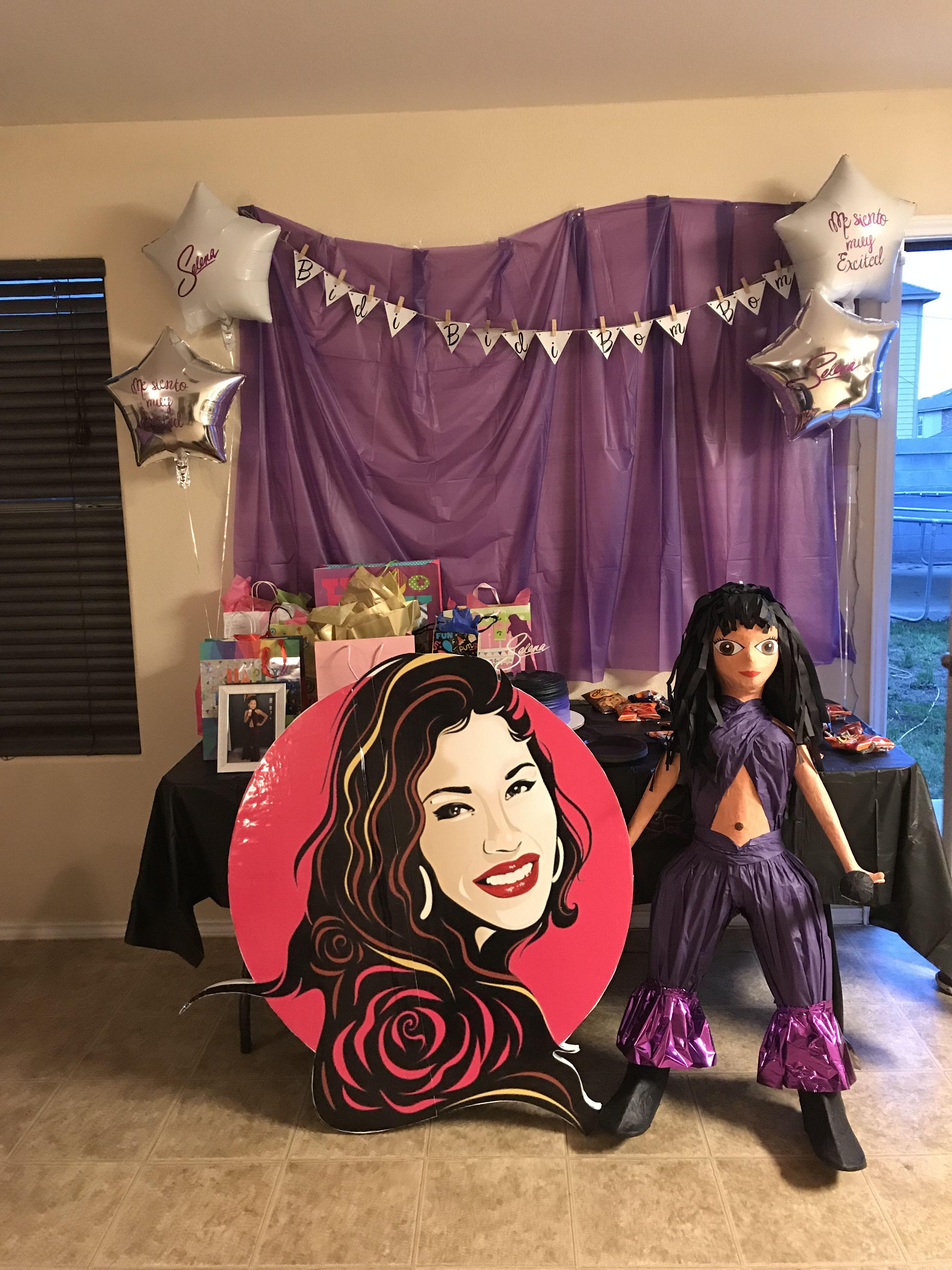 Pin by QwEEN Kash on Everything Selena QuintanillaPérez